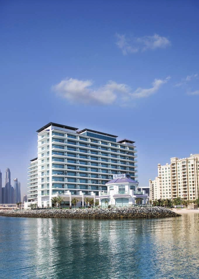 LIVING ON PALM JUMEIRAH